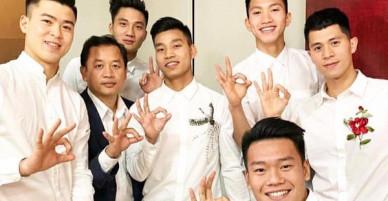 Hoá ra cha đẻ của điệu chào Zero9 đang gây sốt lại là các cầu thủ U23 Việt Nam