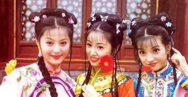 Dàn diễn viên đóng vai A hoàn trong Hoàn Châu Cách Cách: Người thành nữ hoàng giải trí, kẻ đóng phim cấp 3?