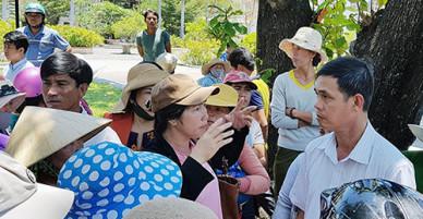 Khánh Hòa dừng hỗ trợ bão Damrey vì bị dân phản ứng