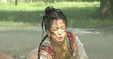 Sốc: Triệu Vy từng uống nước phân ngựa trong Hoàn châu cách cách