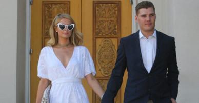 Paris Hilton và hôn phu đến nhà thờ chuẩn bị cho đám cưới
