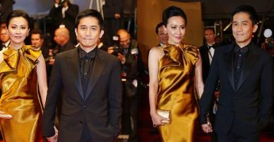 Ngược lại Cannes 2013: Lương Triều Vỹ buông tay Lưu Gia Linh vì tạo dáng quá lâu, nhưng khoảnh khắc sau cùng mới là cực phẩm