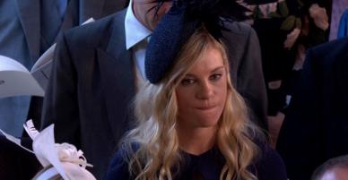 Trót đi ăn cưới tình xưa, người yêu cũ Hoàng tử Harry bỗng trở thành meme sau loạt biểu cảm chua chát