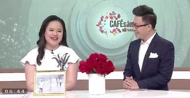 Lần đầu tiên MC của chương trình Cafe sáng với VTV3 là một cô bạn khiếm thị