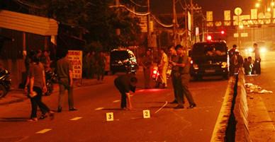 Phó công an phường ở TP HCM bắn chỉ thiên, nam thanh niên trúng đạn