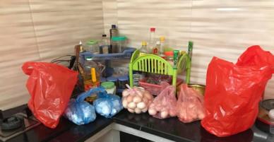 Vợ đẻ mới 2 ngày, chồng trẻ nhận đến 330 quả trứng gà xịn: Kiểu này ăn đến khi con 2 tuổi chưa hết!