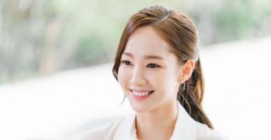Nữ hoàng dao kéo Park Min Young gây sốt trong phim mới