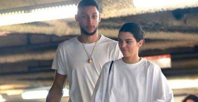Kendall Jenner vẫn tiếp tục hẹn hò bạn trai cao 2m08 dù vừa khóa môi với em trai Gigi
