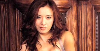 Bom sex Hong Kong kể chuyện bất đắc dĩ đóng phim cấp ba