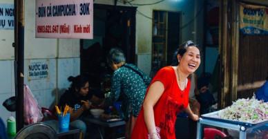 Chợ Campuchia giữa lòng Sài Gòn: Thiên đường ẩm thực đường phố dành cho giới trẻ