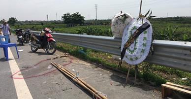 Cái chết uẩn khúc của hai bé gái khiến gia đình mang quan tài diễu phố