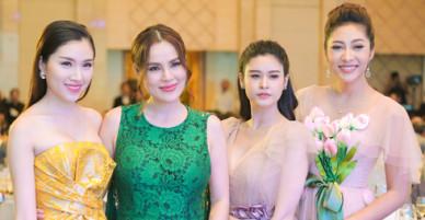Trương Quỳnh Anh, Đặng Thu Thảo hội ngộ ở Nha Trang