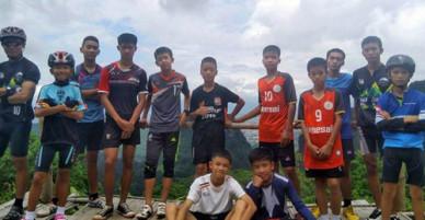 Chân dung 12 cầu thủ nhí Thái Lan kẹt trong hang