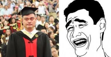 Chàng trai meme Yao Ming cuối cùng cũng tốt nghiệp đại học ở tuổi 38 sau 7 năm dùi mài kinh sử