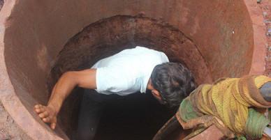 Ba người đàn ông đều bị ngất rồi lịm đi sau khi xuống giếng ở Bắc Giang
