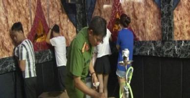 27 người tổ chức tiệc ma tuý ở Huế