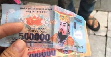 Hà Nội tìm ra tài xế taxi trả tiền âm phủ lừa khách Tây