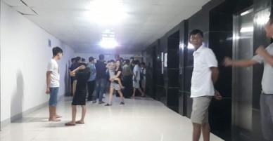 Vụ người mẹ nghi thắt cổ con và cháu ở Hà Nội: Nghe bà ấy hét tôi giết con rồi, mọi người vội lên phòng kiểm tra thì thấy cảnh rùng mình