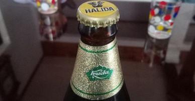 Vỏ bia Huda nhưng lại đóng nắp bia Halida
