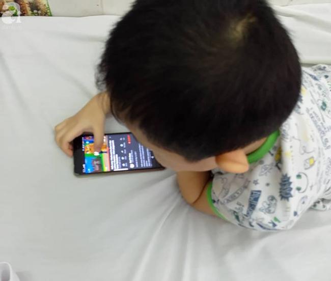 5 tuổi, không biết nói, hành động khó hiểu, smartphone, tin8