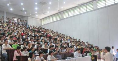 """Quan điểm """"quan hệ sinh viên - nhà trường là mua - bán"""" của giảng viên NEU bị dư luận chỉ trích nặng nề"""