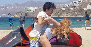 Hé lộ loạt ảnh Lindsay Lohan bị bồ trẻ hành hung, tấn công