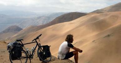 Anh chàng đi du lịch vòng quanh thế giới bằng xe đạp nhưng lại đánh mất thứ quý giá nhất trong hành trình của mình