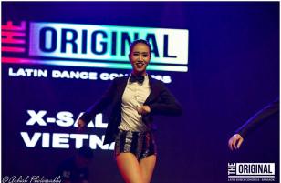 """[Video] """"Bước nhảy đường phố"""" đang làm giới trẻ Sài Gòn chao đảo"""