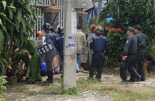 [FULL CLIP] Cận cảnh lực lượng cảnh sát vây bắt 200 học viên trốn trại cai nghiện.