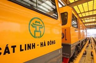 """Thẻ tàu hoả Cát Linh:  Tiếng Trung Quốc """"đàn áp"""" tiếng Việt"""
