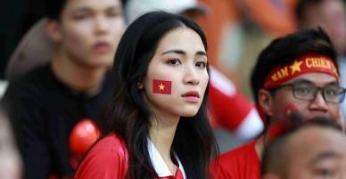 """Bạn trai đại gia lên tiếng bênh vực khi Hòa Minzy """"dính"""" tin đồn sang Indonesia cổ vũ Công Phượng"""