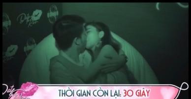 Gameshow mai mối phản cảm: Ứng viên mới gặp nhau lần đầu đã tự nhiên hôn hít, ân ái trước ống kính!