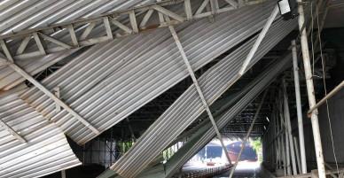 Hiện trường kinh hoàng sau vụ công trình sập trước hầm Thủ Thiêm khiến giao thông Sài Gòn tê liệt