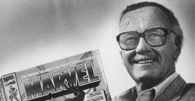 """Những bức ảnh hiếm về """"cha đẻ"""" của những anh hùng và """"spider man"""" Stan Lee"""