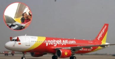 [Full Clip]: Máy bay của hãng Vietjet Air gặp sự cố trên không khiến hành khách hoảng sợ.