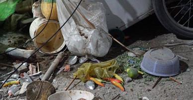 Đang ngồi ăn hủ tiếu ở quận 1, bị toà nhà gần đó sập xuống đè lên người chết tại chỗ